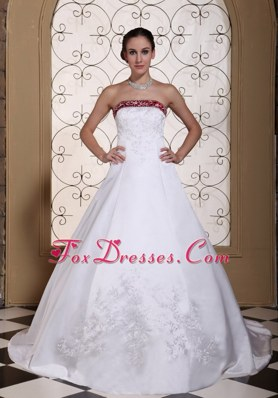 Embroidery In Satin Modest Chapel Train Wedding Dress with Red Color