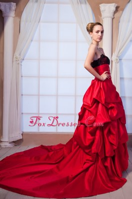Red Strapless Chapel Train Prom Dress Taffeta Beading Lace