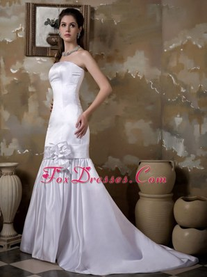 Mermaid Strapless Court Train Satin Wedding Dress