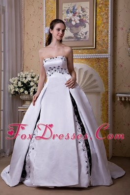 White and Black Ball Gown Strapless Chapel Train Satin Embroidery Wedding Dress