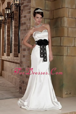Sweetheart Brush Train Wedding Dress Satin Beading