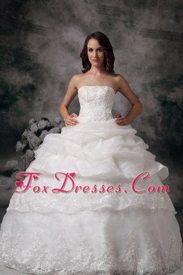 Classic Ball Gown Strapless Lace Pick-ups Wedding Bridal Gowns