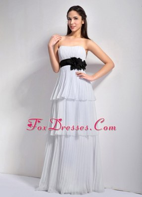White Empire Strapless Dama Dress Chiffon Flower Sash