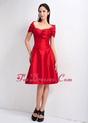 Knee-legnth Red A-line Sweetheart Taffeta Dama Dresses