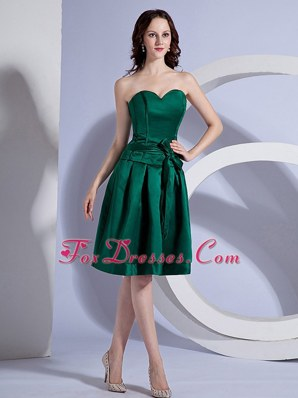Bow Decorate Bodice Green Knee-length Cocktail Dress