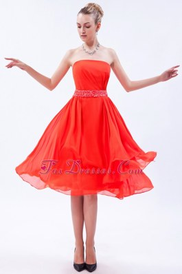 Empire Red Strapless Dama Dresses for Quinceanera with Beading