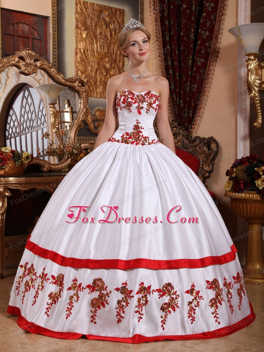 Red and white quince dresses