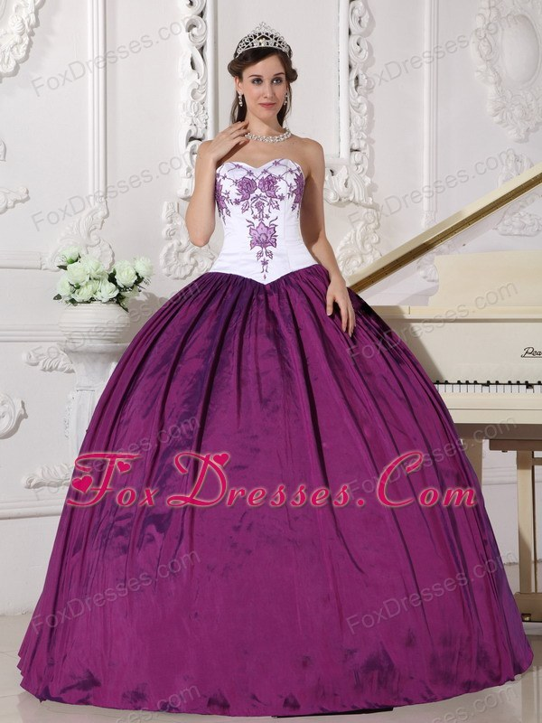 Embroidery Quinceanera Dress Designer White and Purple Sweetheart