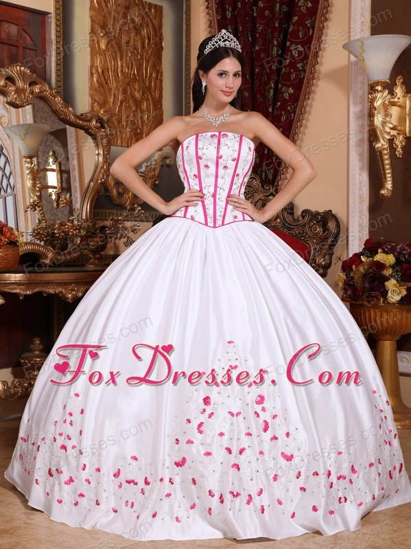 Embroidery Beading Quinceanera Dress Designer White Strapless