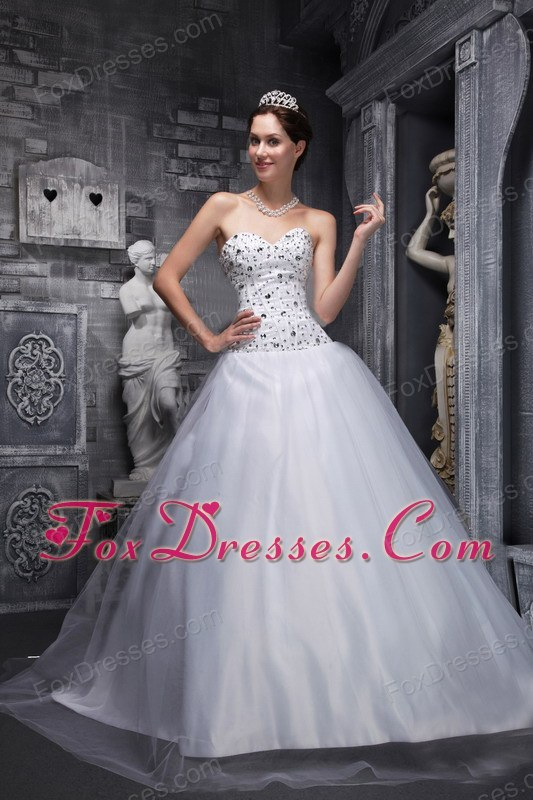A-Line Sweetheart Taffeta and Tulle Beading White Prom Dress