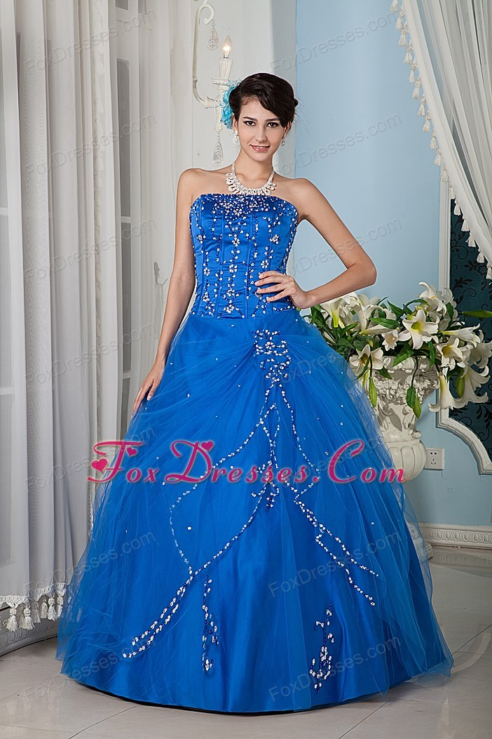 Blue A-line Strapsless Tulle Quinceanera Dress