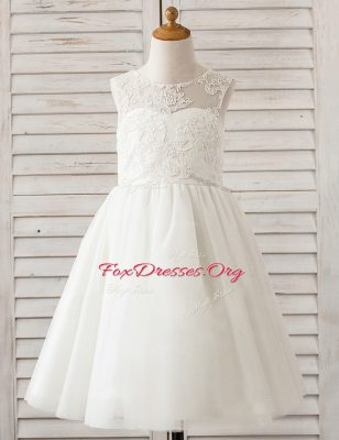 Scoop Sleeveless Clasp Handle Floor Length Lace Flower Girl Dresses