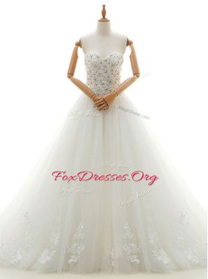 White Lace Up Sweetheart Beading and Appliques Wedding Dresses Tulle Sleeveless Chapel Train