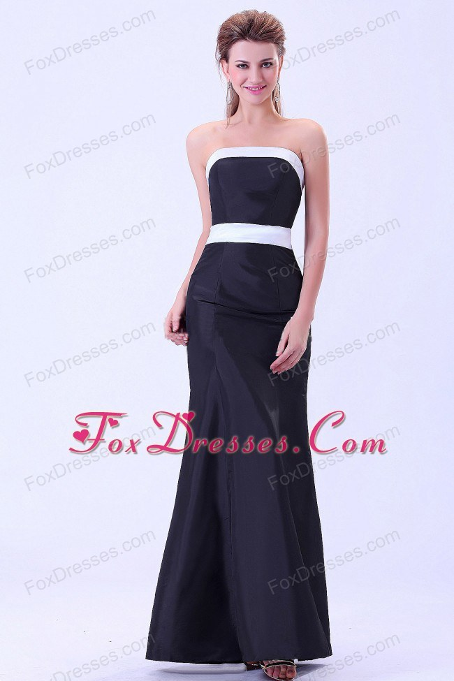 Ankle-length Black Bridesmaid Dress with White Belt