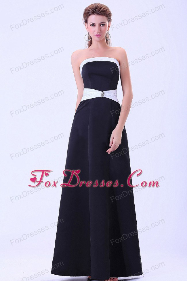 Strapless A-line Black Bridesmaid Evening Dress Floor-length