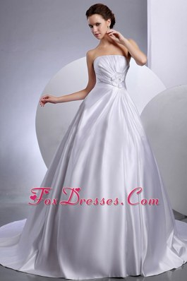 2013 Hand Made Flowers Gowns Chapel Train Wedding Dress