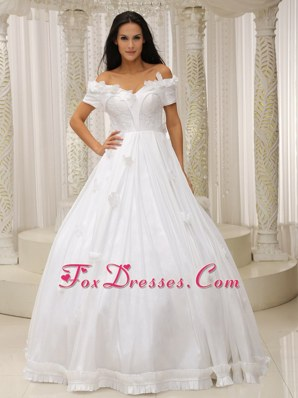Off The Shoulder Wedding Dress Appliques Flowers Ball Gown