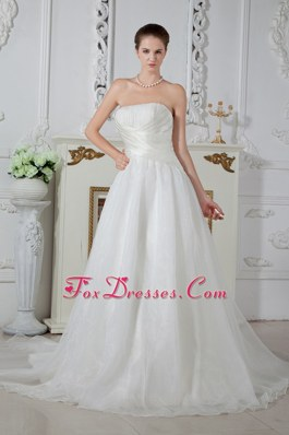 A-line Strapless Wedding Dress Court Train Organza Ruch