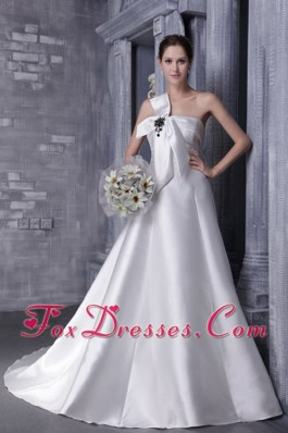 A-Line Princess Strapless Organza Appliques Wedding Dress