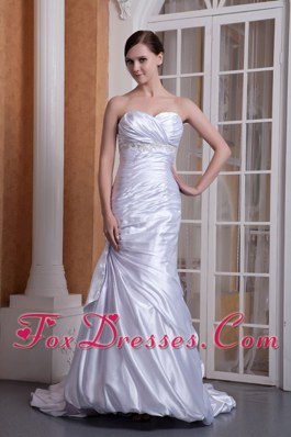 Custom Made Sweetheart Court Train Appliques and Ruch Wedding Dress