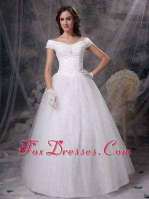 2013 Appliques Off The Shoulder Wedding Bridal Dress