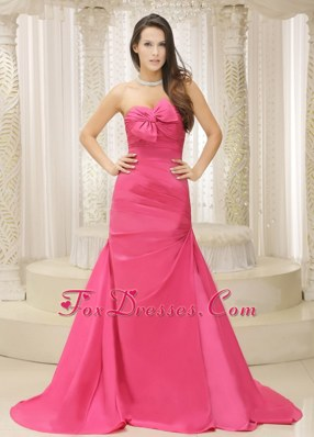 Rose Pink A-line and Bowknot Evening Celebrity Dress