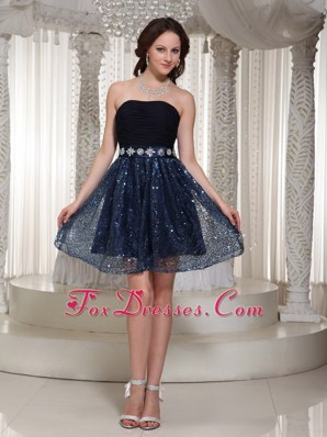 Popular A-line Navy Blue Beading Strapless Homecoming Dresses