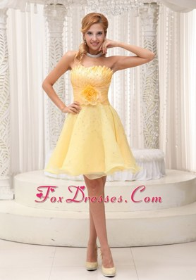 Pretty Beading Strapless Short Light Yellow Party Dress