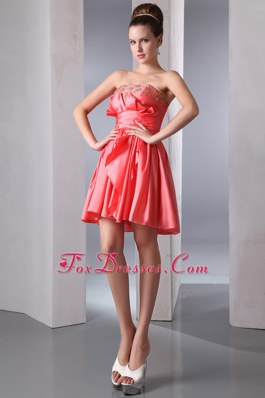 Watermelon Red Beading Strapless Homecoming Dresses for Prom
