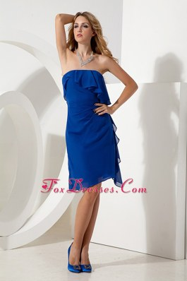 Discount Column Strapless Knee-length Homecoming Dresses in Royal Blue