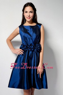 Royal Blue Scoop Knee-length Graduation Cocktail Dress