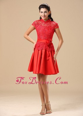 2013 High-neck Lace Taffeta Red Prom Holiday Dresses With Sash