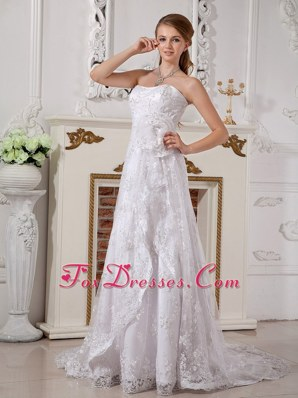 Romantic Lace Hand Made Wedding Dress Empire Strapless