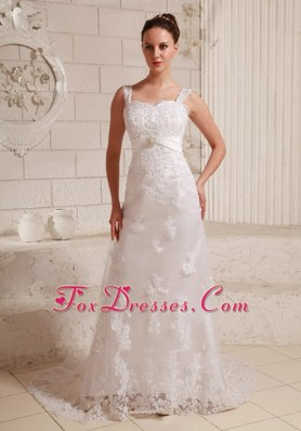 Luxurious Straps Column Lace Wedding Dress With Beading
