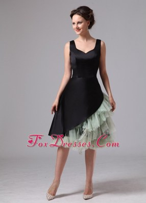 Black and Green Cocktail Dresses Knee-length Straps