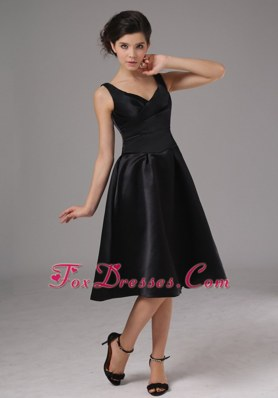 Little BlackCocktail Dresses With Straps Knee-length