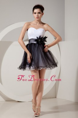 Mini Tulle Sweetheart Graduation Dresses Black and White