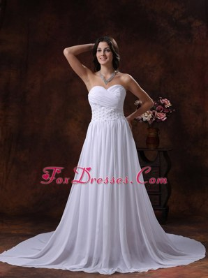 Appliques Court Train Sweetheart Neckline Chiffon Wedding Dress