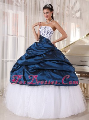 Navy Blue Strapless Embroidery Quinceanera Dress pick-ups