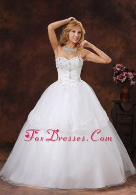Beading Embroidery Wedding Dress Sweetheart Neckline