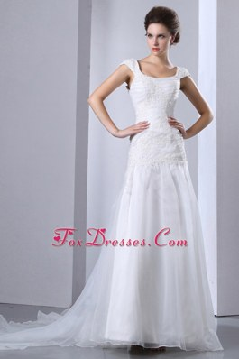 Square Chapel Train Appliques 2013 New Wedding Dress