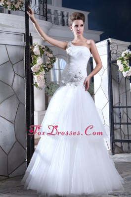 Perfect Mermaid One Shoulder Tulle Appliques Wedding Dress