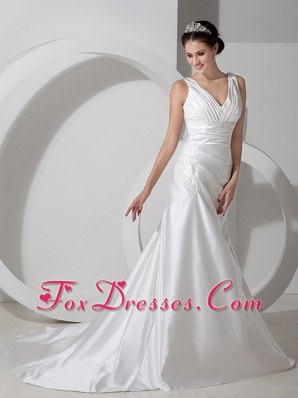 Ruched V-neck Court Train Appliques Wedding Dress