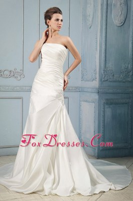 Ruching Wedding Bridal Dress Appliques Court Train 2013 Simple