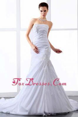 Ruching Court Train Wedding Dresses Fashionable Appliques