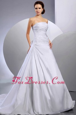 Ruching Ball Gowns 2013 Appliques Wedding Dress Court Train