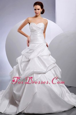 Ruching Pick-ups Chapel Train 2013 Popular Wedding Bridal Dress