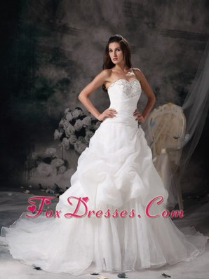 Sweetheart Court Beading Popular Wedding Dress A-line