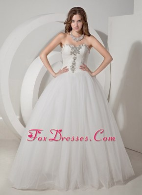 A-line Popular Beading Wedding Dress Sweetheart Chapel