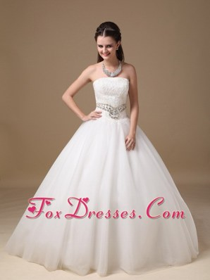 Ball Gown Strapless Popular Wedding Dress Beading Lace